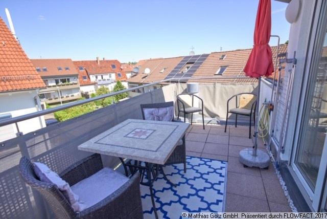 MÖBLIERT - EXKLUSIV und MODERN - 4,5 Zimmer Maisonette-Wohnung in Wendlingen