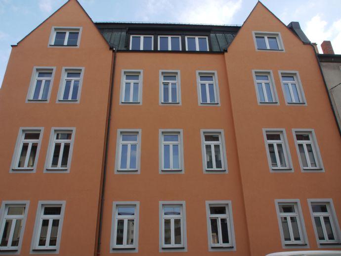 TOP - Mehrfamilienhaus in Nürnberg, Stadtteil Steinbühl