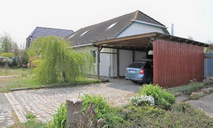 Einfamilienhaus in Salzhaffnähe - mit Einliegerwohnung und Carport