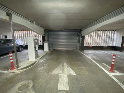 Neuss Garage, Neuss Stellplatz