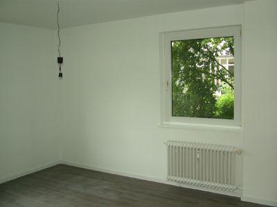 3 zkbb oldenburg b rgerfelde komplett saniert etagenwohnung oldenburg 29ub54x. Black Bedroom Furniture Sets. Home Design Ideas