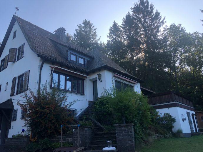 Einfamilienhaus in ruhiger Waldrandlage