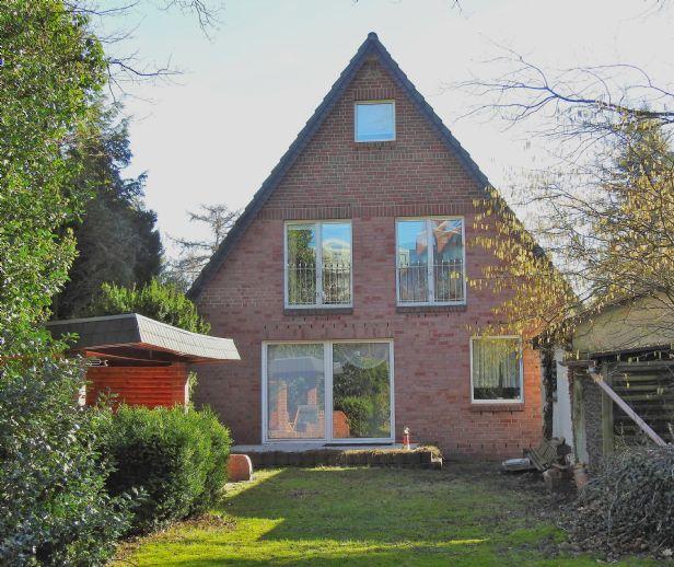 Zwei Häuser für einen Preis in Norderstedt Mitte!