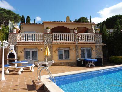 Von Privat! CASA WELLO,Gemütliche Ferienwohnung mit Pool für 2 Personen, Costa Brava - Pals!