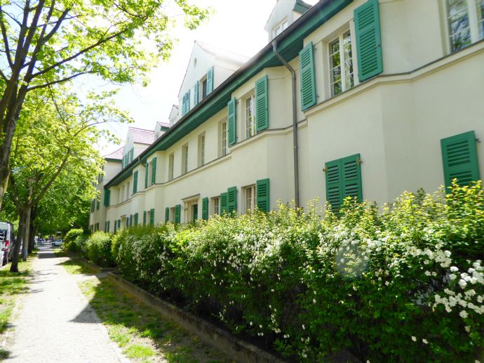 2-Zimmerwohnung in ruhiger Lage und gepflegtem Altbau *KAPITALANLAGE*