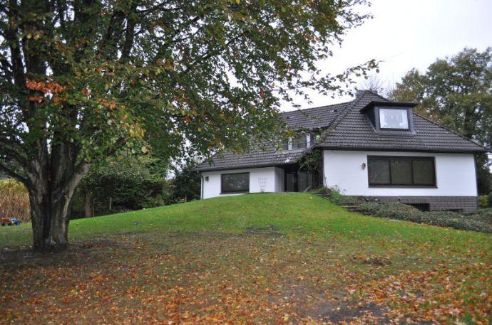 EG-Wohnung im Zweifamilienhaus in Rosengarten - Sottorf