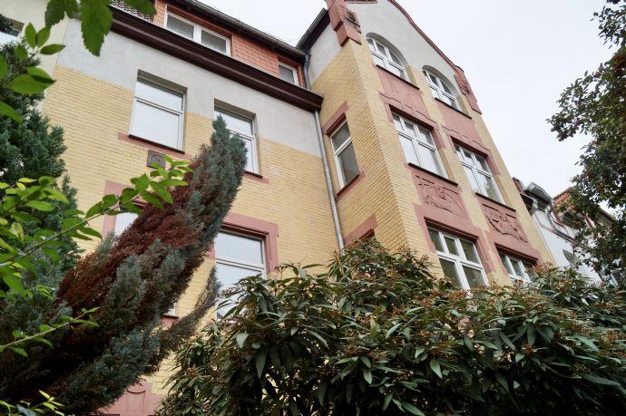 Großzügige Dachgeschoßwohnung - 2ZKB mit Stellplatz