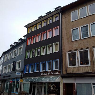 sch ne wohnung inmitten der stadt mit balkon etagenwohnung. Black Bedroom Furniture Sets. Home Design Ideas