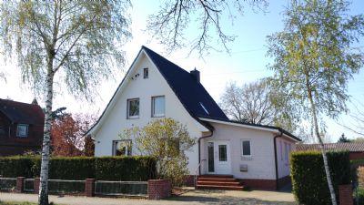 Gemütliches Einfamilienhaus mit großem Garten