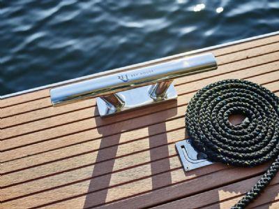 luxus hausboot 2 etagen 100m sonnenterrasse 70m wohnen kamin sauna komplett. Black Bedroom Furniture Sets. Home Design Ideas