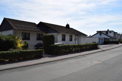 Frisch und modern umgebautes Einfamilienhaus mit großer Einliegerwohnung am Dickenberg