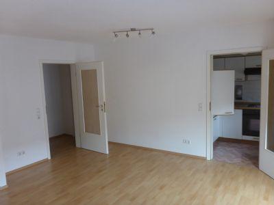 gem tliche 1 raum wohnung in guter lage mit balkon und einbauk che etagenwohnung dresden 2h42m45. Black Bedroom Furniture Sets. Home Design Ideas