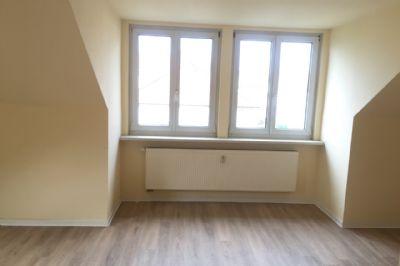 exklusive 2 raum dachgeschosswohnung im blumenviertel von erfurt wohnung erfurt 27xym4y. Black Bedroom Furniture Sets. Home Design Ideas