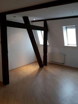 Wohnzimmer links