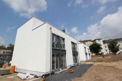 duisburg duissern eleganter neubau mit terrasse. Black Bedroom Furniture Sets. Home Design Ideas