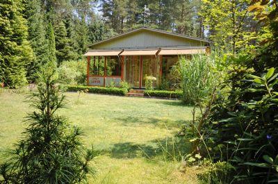 Chalet mit Wintergarten (Südwestansicht)