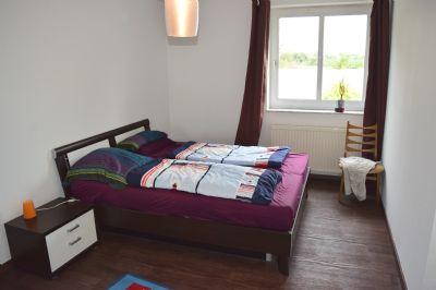 Schlafzimmer (Bild 3)