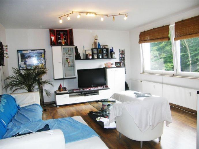 top sch ne penthousewohnung mit tollem ausblick. Black Bedroom Furniture Sets. Home Design Ideas