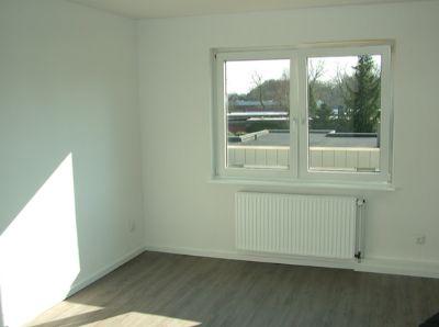 2 zkbb oldenburg kreyenbr ck komplett saniert etagenwohnung oldenburg 29ajd43. Black Bedroom Furniture Sets. Home Design Ideas