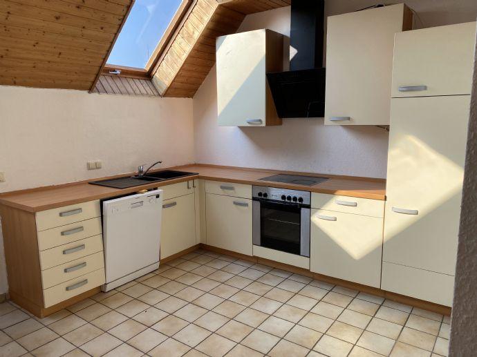 helle Maisonette-Wohnung mit EBK in Selzen