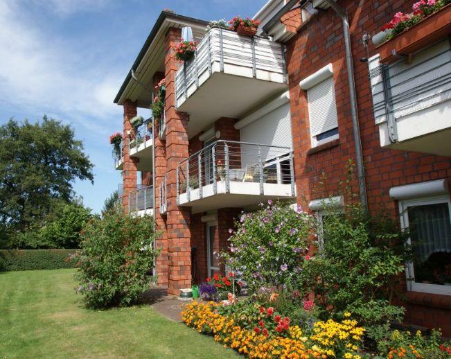 Für Senioren: Kleine 2-Zi.-Wohnung mit Betreuungsleistungen