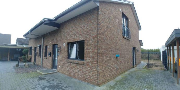Neuwertige Doppelhaushälfte in Wasbek, 129 qm
