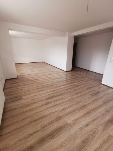 5 Zimmer Wohnung in Hessisch Lichtenau
