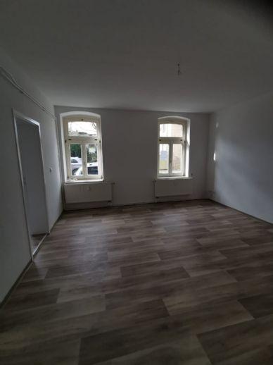 1 Zimmer Wohnung in Stößen, Erstbezug nach Sanierung