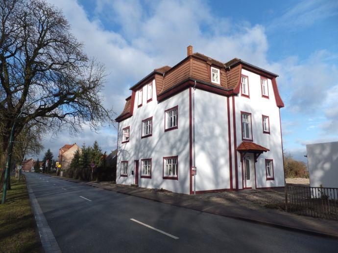 ***Dömitz an der Elbe - sanierte Altbauvilla - 3 Zimmer Wohnung frei***