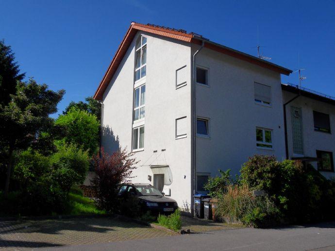 Möblierte 1- Zi.- Wohnung mit Terrasse