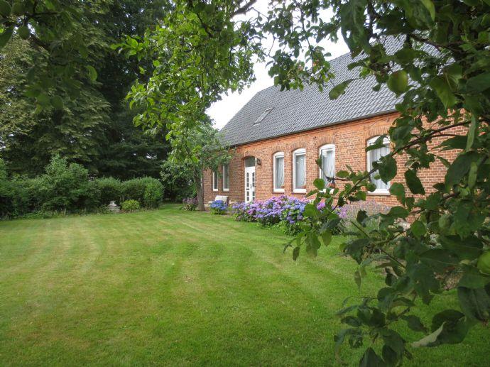 Bauernhaus mit viel Platz und Potential mitten in Steimke