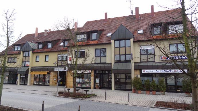 Schöner 2 Zimmerwohnung mit Dachloggia ins Grüne