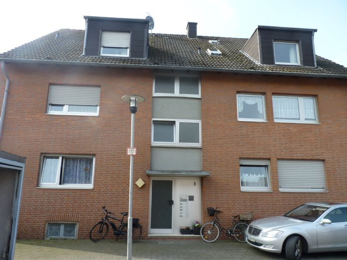 Grevenbroich - Hülchrath! Sehr gepflegtes, voll vermietetes Mehrfamilienhaus