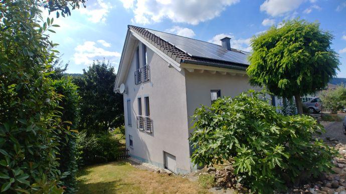 -- RESERVIERT -- Top-Wohnhaus mit Top-Solar-Anlage + Top-Lage + Top-Grundstück = Ihre Gelegenheit !