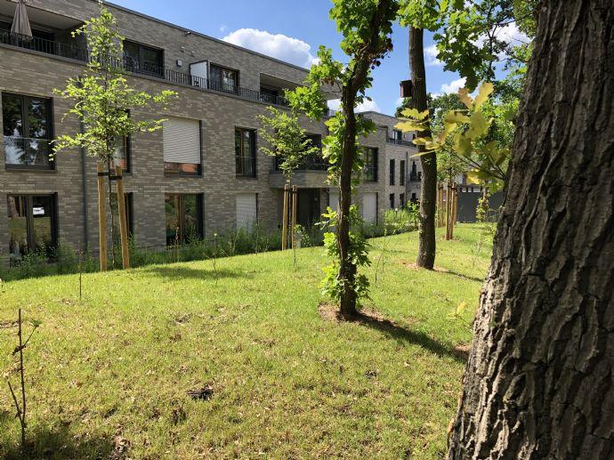 Top-ausgestattete 3,5-Zi-Wohnung mit Terrasse und Garten, provisionsfrei; Baujahr 2019