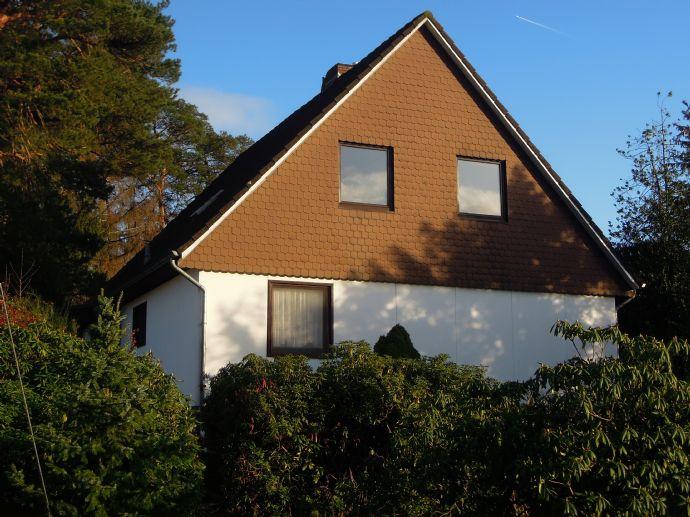 VERKAUFT    /Familienglück im grünen, Einfamilienhaus mit viel Grundstück