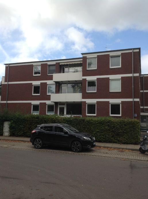VON PRIVAT:Pinneberg - frisch sanierte 2-Zimmer Wohnung mit Balkon, zentral gelegen mit sehr guter V