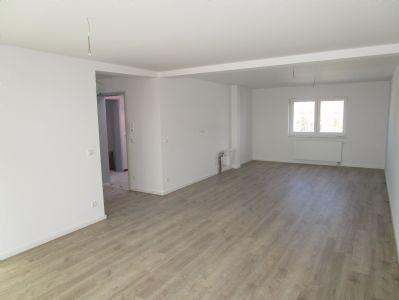 *Neubau*Große 2 Zi-Whg mit offener Wohnküche*Nahe S-Bhf Eichborndamm*