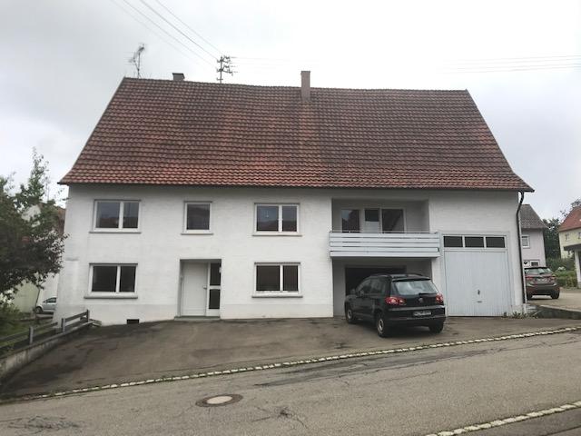 Stattliches Wohnhaus mit viel Platz für Familie und Hobby