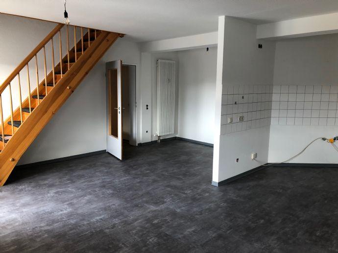 Mit dem Aufzug in Ihre frisch renovierte Maisonette-Wohnung in Arnstadt-Stadtmitte