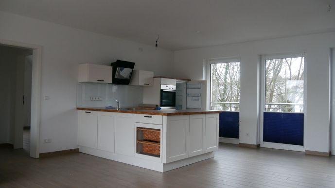 Wunderschöne 86 qm-DG-Wohnung mit TG-Stellplatz