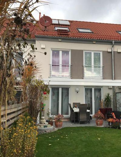 Erfüllen Sie sich Ihr Familienglück! Großzügiges Reihenmittelhaus mit Garten in schöner Lage