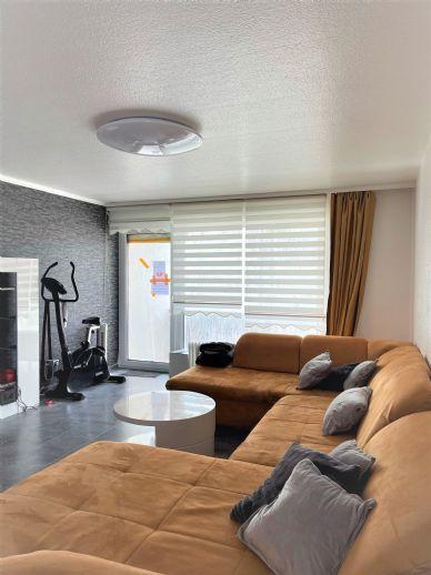 Freie 3-4 Zi -Wohnung in