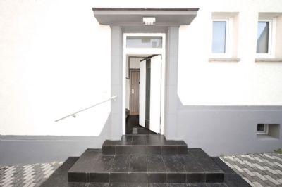 Kapitalanlage - Vermietete 3,5-Zimmer-Dachgeschoss-Wohnung in einem 3-Familienhaus
