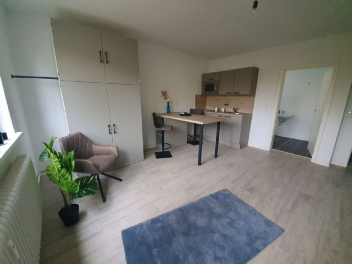 Erstbezug nach Sanierung - top möblierte 2-Zi-Wohnung - Nordenham!