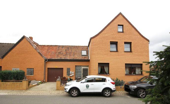 Peine: Vermietetes ZFH mit Garage und viel Stellflächen am Haus
