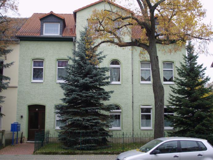 2 Raum-Wohnung, 1. Etage, EBK, modernes Bad, zentrumsnah