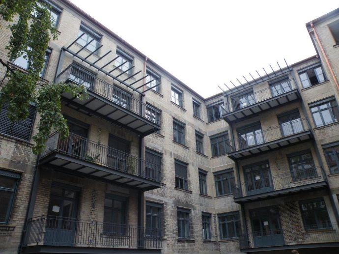 Gostenhof: Besichtigen! Begeistert sein! Mieten! Loftige 4,5-Zimmer-Maisonette-Wohnung, 3. und 4. Etage mit Balkon