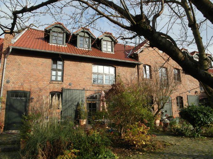 Wohnung mit Flair im Johannishof in Köln-Rondorf