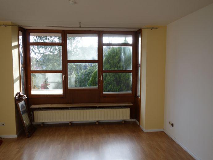 Sonnige 3-Zimmer-Wohnung mit Balkon in Kirchweyhe